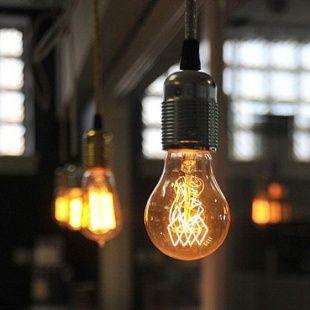 Lampy na kablu z żarówką Edisona